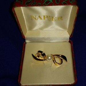 Vintage Napier Bow Pearl Gold Brooch Pin